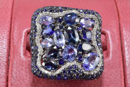 Blue Cluster Square Ring